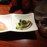 ばんやしおさい - お通しと日本酒の玉川です