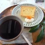 ハレノヒ食堂 - デザート&三年番茶