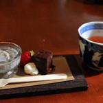 もみのき食堂 - おやつと自家製番茶