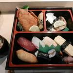 たかし寿司 - 料理写真:握り寿司ランチ
