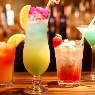 80種類以上のお酒やオリジナルのリゾートカクテルも人気♪