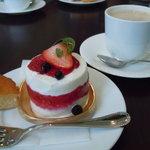 サント・アン - カシスレアチーズケーキ♪