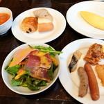 庭のホテル - 朝食ブッフェ