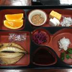 鯛納屋 - 朝食 絶品塩辛