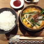とり田 - 水炊きスープで作る『博多水炊きスンドゥブ』(\880)+辛口(\100)