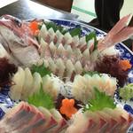 南風 - 料理写真:刺し盛り