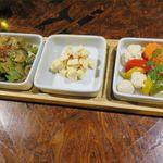 ワールド チャイニーズ キッチン ルーラン - 前菜3種