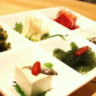 伝統の琉球料理を心ゆくまで堪能