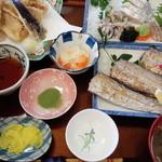 48315722 - 太刀魚定食。