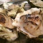 牡蠣とシャンパン 牡蠣ベロ - 焼き牡蠣と蒸し牡蠣