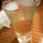 牡蠣とシャンパン 牡蠣ベロ - お通しワイン