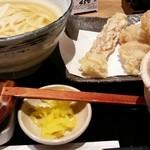 うどん処 松 - 料理写真: