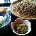 そば処 くぼやま - 料理写真:盛そば・いなり寿司セット