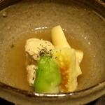 料理屋 仁 - 軍鶏のつくね、竹の子煮(28年3月)