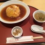 chuugokushuboukoukei - 天津飯(800円)