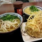 丸亀製麺 - かけ(並)¥290円+天丼用白ごはん¥130円+野菜かき揚げ¥130円