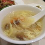 煌蘭 - かき玉、しめじ、豆腐、冬瓜、ニンジンのスープアップ