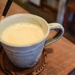 カフェ パフ - ロイヤルミルクティ