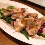 48338397 - 豚のゼリー寄せ 自家製モスタルダ添え★                       モスタルダとは、果物や野菜のシロップ煮に、マスタード・エッセンス(マスタードの種を砕いたもの)を加えた北イタリア独特の食べ物のこと。                       豚はコリコリしているところもあれば柔らかいところもあってとても美味しかったです。こしょうの味が強くしました。