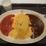 洋食や 三代目  たいめいけん - 2色のオムライス ¥930-