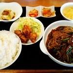 福華 - レバニラ定食 ご飯大盛り890円