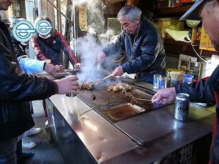 やまき 今池店 - 画像16:このノリは日本広しと言えども西成だけじゃなかろうか