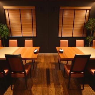★個室は一室のみ完備してます。清潔で綺麗な店内です♪