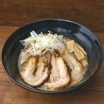 小川流 - 料理写真:半ちゃーしゅー麺