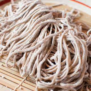 日本の代表的な和麺にこだわったオリジナルの麺