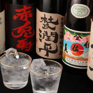 福岡の地酒、ビオワイン、焼酎などなど種類豊富!