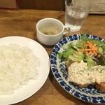 ポパイ - チキン南蛮定食・850円