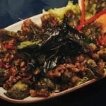タイ田舎料理 クンヤー - カイヨーマーガパオグロップ