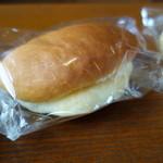 喜久屋 - バターパン(\100税込み)会津といえばこれ