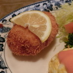 レストラン 精養軒 - カニクリームコロッケ
