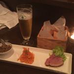 ワインカフェ - ハートランド/レバーパテ/黒胡椒の鴨パストラミ
