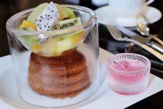 東京ステーションホテル ロビーラウンジ - 桜フレンチトースト
