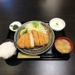 とんかつ 酒菜 くら - ロースかつ定食(150g)