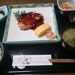 美酒佳肴 おかもと - 料理写真:日替わり(ブリの照り焼き定食)