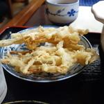 めん専門店 味良 - ゴボウの天ぷら