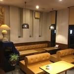 喫茶ギャラリームース - 内観写真:カフェスペース