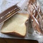 ラ ・ブランジュリ キィニョン - 生クリーム食パン、バケット