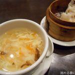 青龍門 - スープと点心