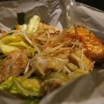 48383856 - たっぷり旬野菜と若鶏の熱々鉄板焼