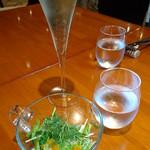 ボラーレ - 2016/3 ランチセット ランチスパークリングワイン 金柑とグレープフルーツソースのサラダ