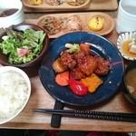 48393758 - 若鶏と季節野菜の黒酢あん定食