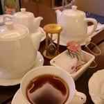 48396639 - 紅茶一式