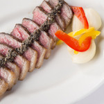 LOVAT - 料理写真:A5黒毛和牛イチボのステーキ タプナード
