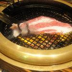 創作焼肉 神戸 牛乃匠 - カルビ