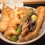 48400293 - 広島最強の天丼、2700円