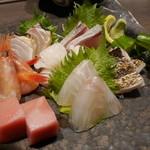 酒菜竹のした  - 料理写真:刺身盛り合わせ2,100+円。
